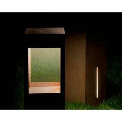 lampadar contemporan pentru iluminatul exterior