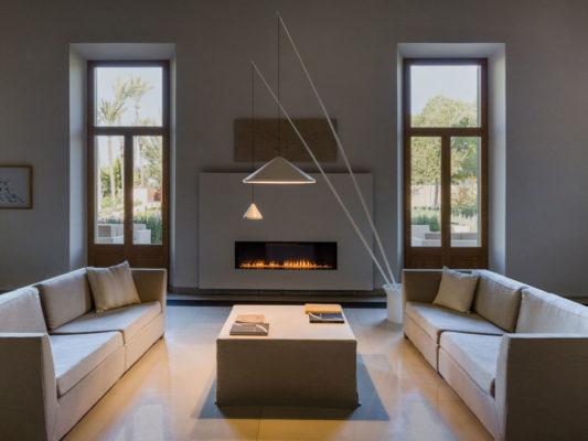 lampadar modern spania