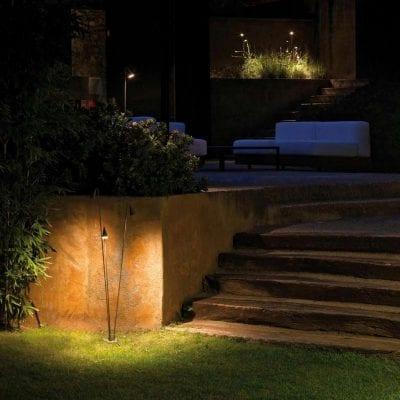 corp de iluminat minimalist pentru exterior