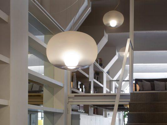 Lampi suspendate sticla