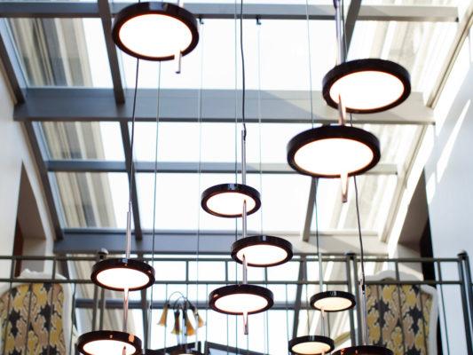 lampa suspendata amenajari birouri