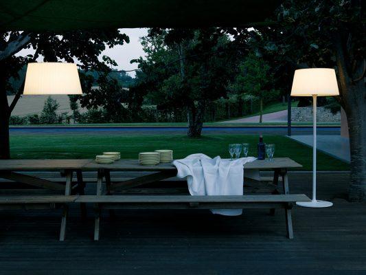 Lampi suspendate lampadare iluminat exterior