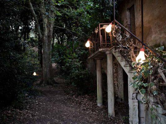 iluminat-decorativ-gradina-exterior