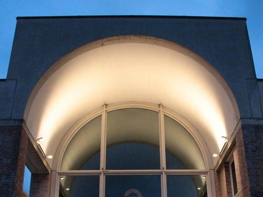 Proiectoare iluminat arhitectural fatade arcade