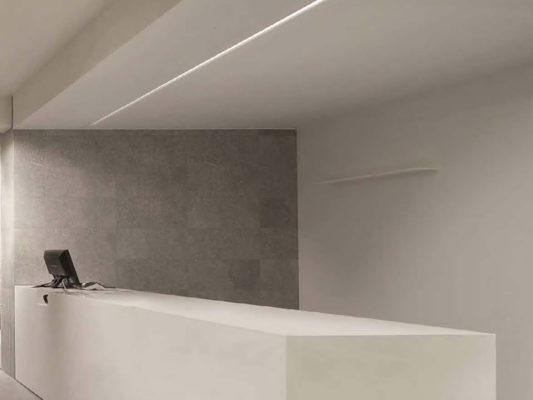 Profile LED configurabile Macrolux pentru iluminat arhitectural.