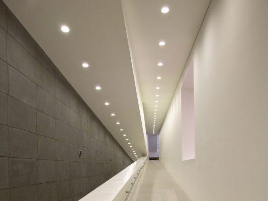 Spoturi pentru iluminat arhitectural rezidential sau comercial.
