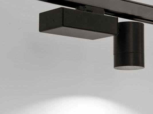Dot - proiector șină trifazata, cu sursă LED.