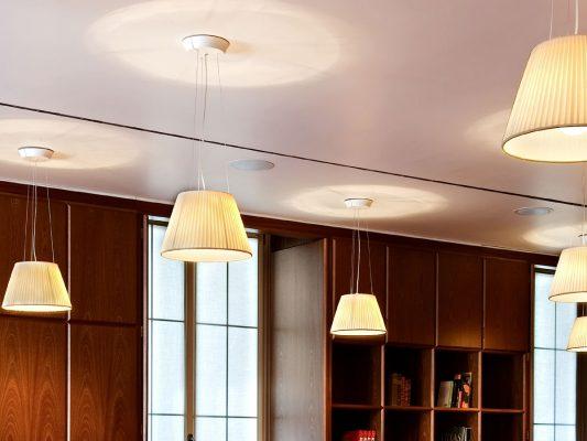 lampa suspendata moderna