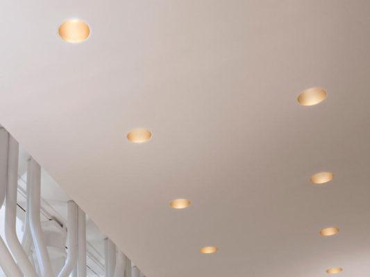Spoturi LED pentru iluminat interior arhitectural, Flos, Italia.