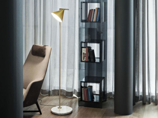 amenajare-living-iluminat-decorativ-lampadar