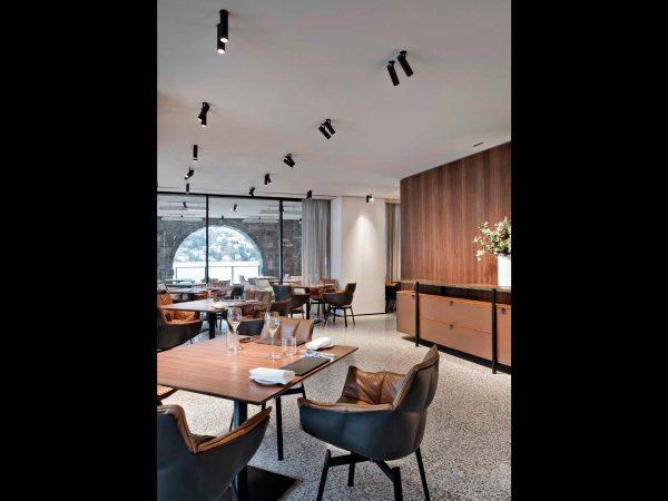 design iluminat arhitectural restaurant spoturi incastrate find me flos