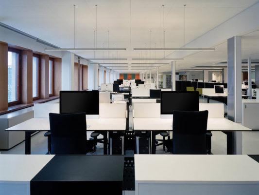Lampa suspendata pentru birou