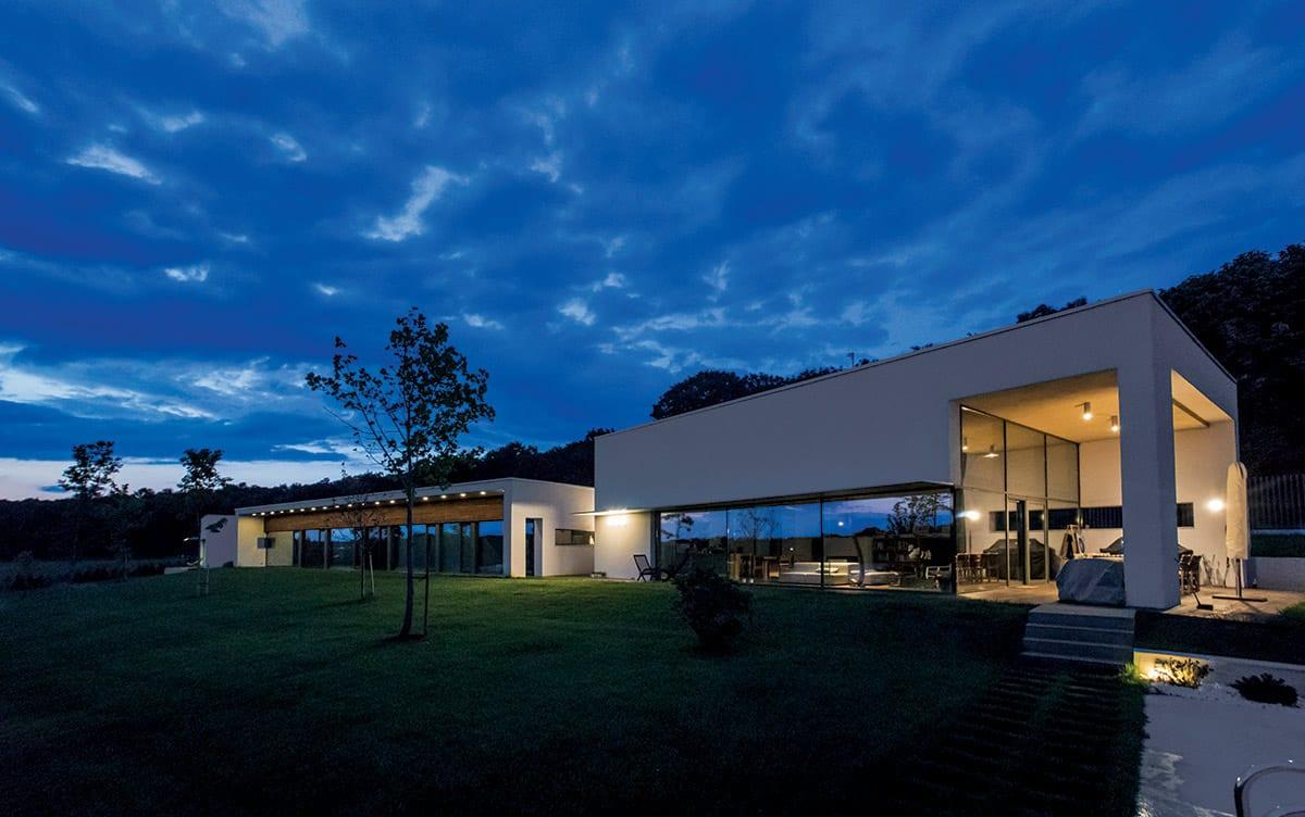 Iluminat arhitectural exterior LuceDomotica