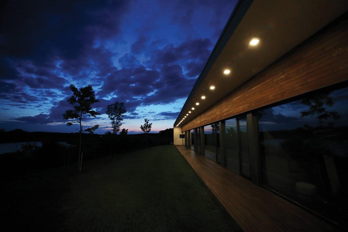 Design de iluminat LuceDomotica - iluminat arhitectural exterior