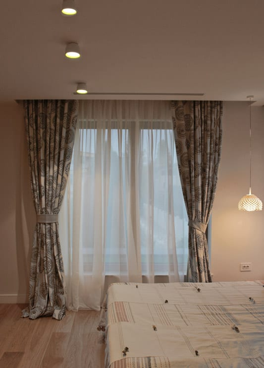 Corpuri iluminat dormitor Flos, design iluminat interior