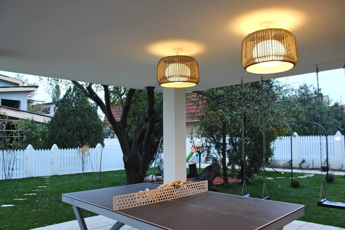 Lampi suspendate iluminat exterior, design iluminat rezidențial