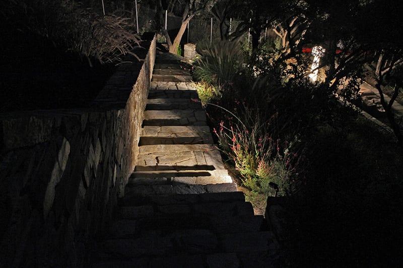 Iluminat exterior gradina trepte