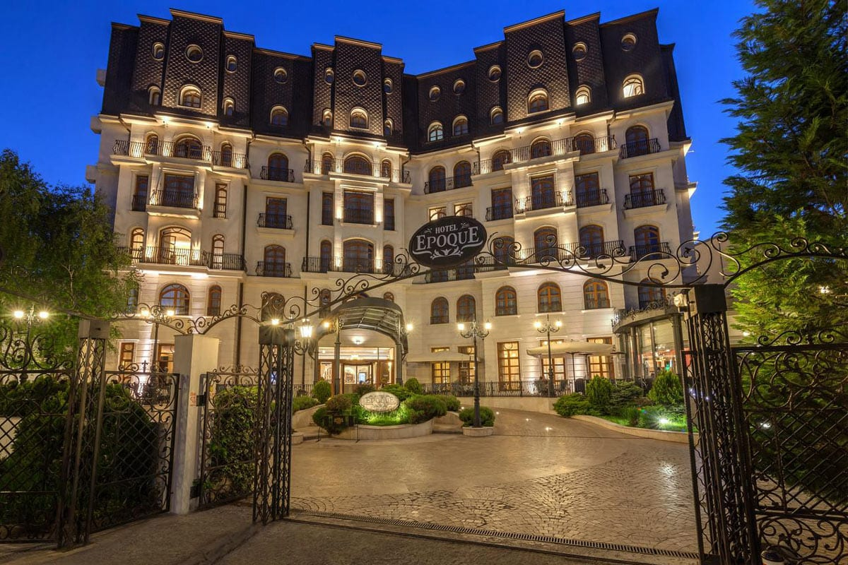 iluminat arhitectural fatade hotel