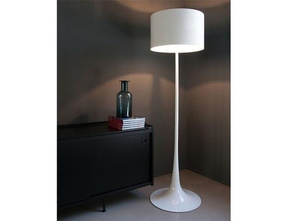 lampa de podea moderna
