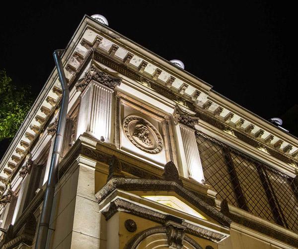 Detaliu iluminat clădiri istorice