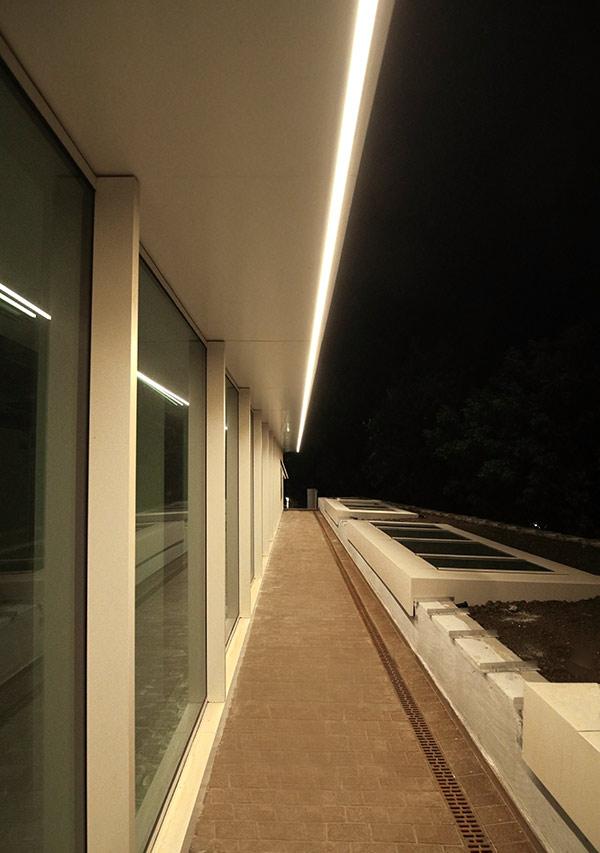 Profile led iluminat balcoane
