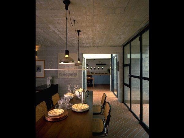 lampa suspendata design iluminat restaurant