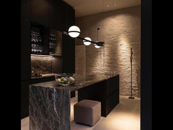 iluminat decorativ bucatarie lampi suspendate vibia