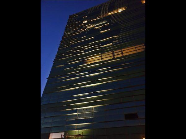 iluminat arhitectural fatade sticla office